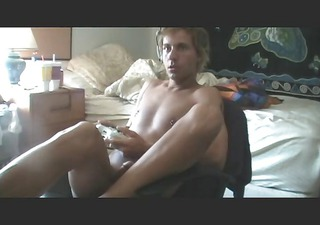 me playing xbox 929 nude!!!