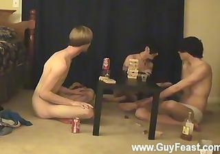 hawt gay this is a long movie for u voyeur types