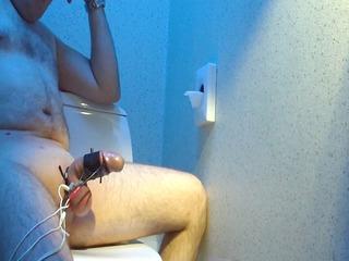 estim on a public toilet, large spunk fountain