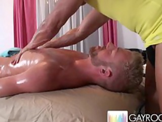 specific gluteus massage