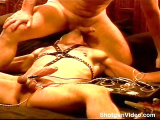 electro stim, ball sucking, bj and tugjob in this