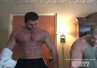 giant bodybuilder undressed muscle worship